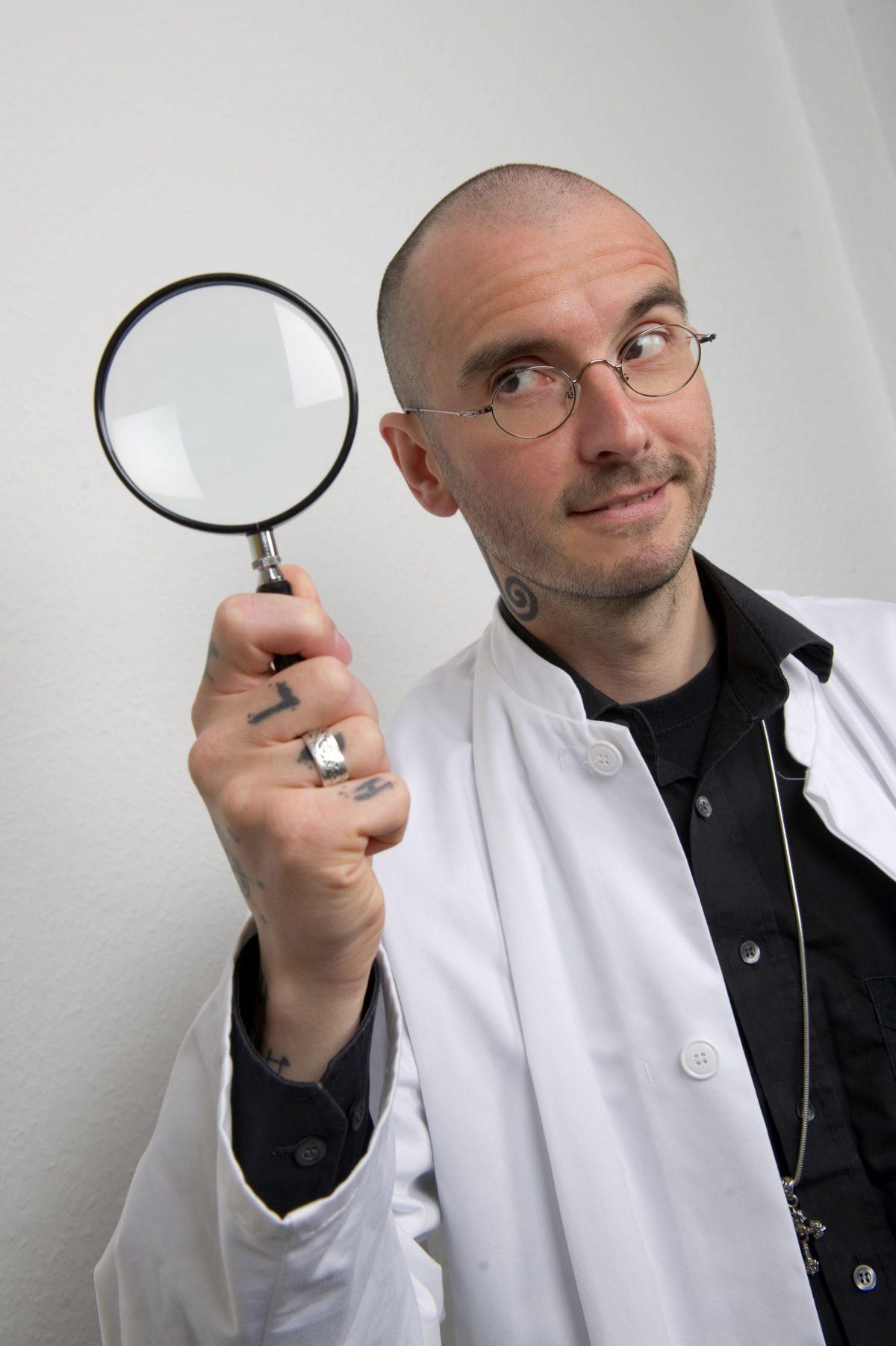 Dr Mark Beneke